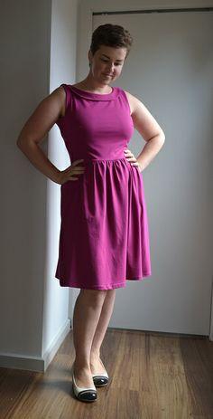 Magenta Moneta |by Rhiannon.  A beginner  Collette pattern here: http://www.hawthornethreads.com/sewing_pattern/designer/colette_patterns/moneta_dress