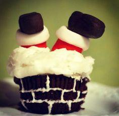 Santa's stuck cupcakes! So cute