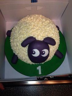 Jamie's Amazing Ewan the dream sheep 1st birthday cake