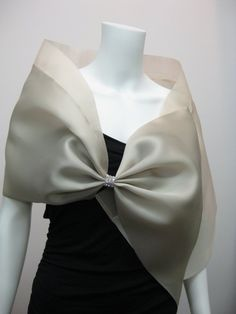 This satin organza evening wrap (Style HB) has a silk organza collar and is pleated into a bow fastened with rhinestones or beads. Dress With Shawl, Dress With Bow, Silk Organza, Chiffon, Modern Filipiniana Dress, Bow Scarf, Evening Shawls, Wedding Shawl, Silk Shawl