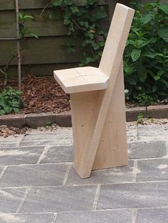 Pin on garden chairs Pin on garden chairs Diy Furniture Projects, Woodworking Projects Diy, Woodworking Furniture, Diy Wood Projects, Woodworking Chisels, Woodworking Classes, Picnic Table Plans, Wood Stool, Garden Chairs