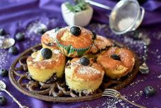 Blueberries and Cream almond Muffins Almond Muffins, Snack Recipes, Snacks, Streusel Topping, Buttermilk Biscuits, Muffin Cups, Salted Butter, Blueberry, Brunch