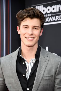 Shawn Mendes' close-up at the 2018 Billboard Music Awards in Las Vegas