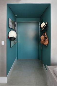 hall de entrada, azul, cinza, quadros