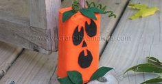 Aprenda a fazer uma incrível abóbora de Halloween com caixa de suco e presenteie a criançada!