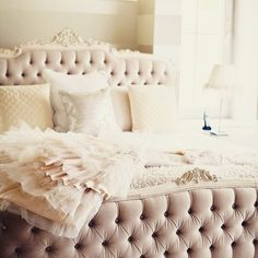 How do I get this bed in my life! Dry velvet is my fave fabric to pair with our linen yardage. And this dusty rose color is (I also would def not turn away that dress ) (: Adene Photography) Blush Pink Living Room, Blush Pink Bedroom, Wedding Bed, Always Kiss Me Goodnight, Dreams Beds, Tufted Bed, Pinterest Home, Def Not, Pink Home Decor