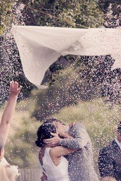 #Kisses #confetti #cue