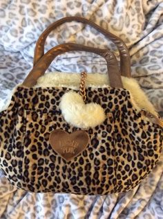 lulu pink leopard / cream reversible dog carrier purse. Just like Frankie's ! I need another like this...