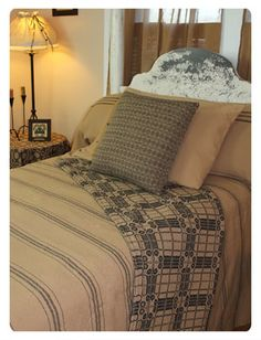 Family Heirloom Weavers is located in Red Lion, PA Prim Decor, Country Decor, Farmhouse Decor, Vintage Farmhouse, Country Living, Cozy Bedroom, Bedroom Decor, Bedroom Ideas, Wall Decor