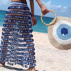 Fabulous Crochet a Little Black Crochet Dress Ideas. Georgeous Crochet a Little Black Crochet Dress Ideas. Crochet Shell Stitch, Bead Crochet, Crochet Skirts, Crochet Clothes, Crochet Handbags, Crochet Purses, Crochet Bags, Purse Patterns, Knitted Bags