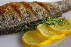 Pečený morský vlk s maslom a bylinkami