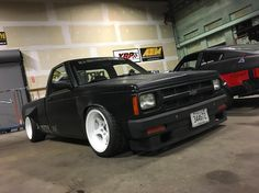 Check out this wide body powered IRS having pickup. This reminds me of my first car (truck) when I was An 87 Blazer. Nissan Vans, Nissan Trucks, Chevrolet Trucks, Chevy Trucks, Pickup Trucks, Bagged Trucks, Lowered Trucks, Mini Trucks, Cool Trucks