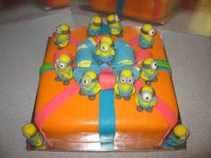Миньёны (Гадкий Я) #торт_на_заказ_днепродзержинск #мульт_герои #бисквитный_торт #комбинированный_торт