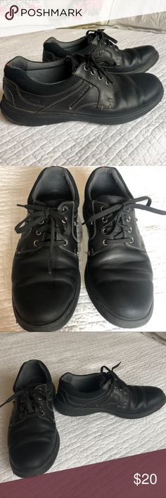 9dc6069844c Men's Clark's leather Shoes. Men's Clark's size 11 soft cushion shoes. Very  Good used