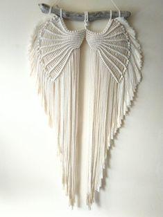 Macrame Design, Macrame Art, Macrame Projects, Macrame Jewelry, Macrame Thread, Macramé Angel, Diy Angel Wings, Angel Wings Wall Decor, Macrame Wall Hanging Patterns