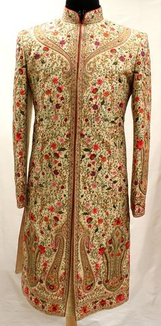 Picture from Gujralsons Photo Gallery on WedMeGood. Browse more such photos & get inspiration for your wedding Wedding Dresses Men Indian, Wedding Dress Men, Indian Dresses, Indian Outfits, Indian Weddings, Wedding Couples, Wedding Ideas, Sherwani Groom, Wedding Sherwani