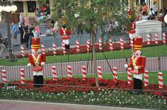 Will need to read - Top 5 Tips for Mickey's Very Merry Christmas Party Disney Christmas Party, Disney Very Merry Christmas, Disney World Halloween, Christmas Fun, Disney Holidays, Christmas Decorations, Disney World Planning, Disney World Vacation, Disney Vacations