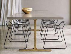 BZCasa Magazine - http://mag.bzcasa.it/ambienti/soggiorno/il-tavolo-giusto-per-il-soggiorno-quale-scegliere-8303/