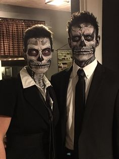 Skull couple face painting