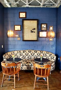 Okay, so this is actually a coffeehouse in Houston, but the design is awesome!
