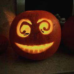 Getting ready for Halloween #halloween #pumpkincarving #auntienatnat