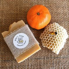 Our gorgeous Clementine Dream natural handmade soap combines honey from our beehives with super-healthy turmeric which also acts as an anti-bacterial and moisturising agent. This soap will also gently exfoliate your skin and is delicately scented with Clementine and Ylang Oil III essential oils. My range of soaps are all hand made in small batches using traditional cold process techniques, which leaves in all the natural moisturising glycerine. I only use nourishing pure vegetable oils and…
