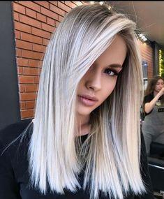 White Blonde Hair, Blonde Hair Shades, Blonde Hair Looks, Silver Blonde, Blonde Hair With Highlights, Platinum Blonde Hair, Silver Hair, Icy Blonde, White Hair With Lowlights