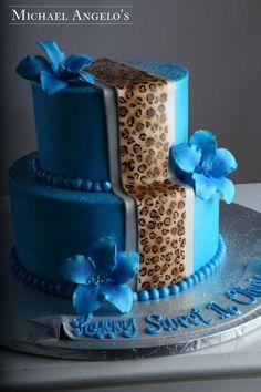 omg LOVEEEEEE....30th birthday cake idea if anyone loves meee :) :) :)