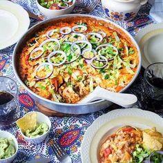 Mexikansk tacogratäng – World Food Meat Recipes, Mexican Food Recipes, Vegetarian Recipes, Dinner Recipes, Cooking Recipes, Ethnic Recipes, I Love Food, Good Food, Minced Meat Recipe