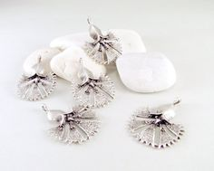 Carnation Flower Silver Plated Charms 5 pieces  by ShiShisBoutique, $5.00