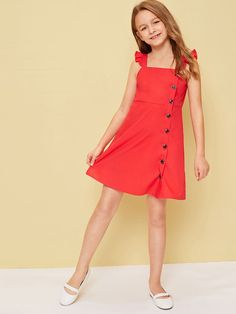 To find out about the Girls Buttoned Front Ruffle Strap Dress at SHEIN, part of our latest Girls Dresses ready to shop online today! Frocks For Girls, Kids Outfits Girls, Little Girl Dresses, Girl Outfits, Girls Dresses, Baby Frocks Designs, Kids Frocks Design, Girls Fashion Clothes, Kids Fashion