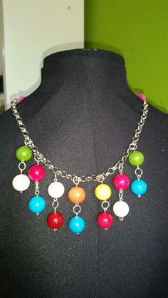 Collar de jade de colores