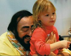 With his daughter, Alice I just love and so adore Luciano Pavarotti to death in my heart. He looks soo sweet in this photo.