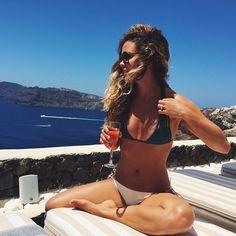 Είναι μια όμορφη μέρα ☀️ #santorini #Rosé @canavesoia