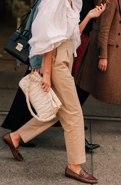 The Best Street Style From Australian Fashion Week: Dan Roberts captures the bes… The best street style of Australia Fashion Week Fashion Mode, Trendy Fashion, Womens Fashion, Fashion Trends, Style Fashion, Fashion Boots, Fashion Beauty, Fashion Outfits, Look Street Style