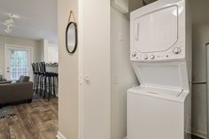 Our apartment homes include an in-unit washer and dryer for your convenience. #TheSocial1600 #MySocialSpace #FL #StudentHousing #Apartments