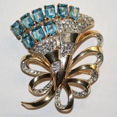 Mazer Aqua  Emerald Cut Rhinestone Fan Pin Brooch Earrings Set