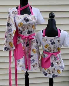 Reversible Mother Daughters Kitty Cats Apron Set by NessasNest