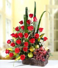 Canasta de Flores y Frutas