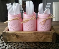 Farmhouse Kitchen Decor 2019 Mason jar table decor-mason jar kitchen decor-rustic utensil holder baby shower decor-party decor-Wedding Decor -Farmhouse Decor The post Farmhouse Kitchen Decor 2019 appeared first on Baby Shower Diy. Comida Para Baby Shower, Mesas Para Baby Shower, Baby Shower Fun, Shower Party, Baby Shower Parties, Baby Shower Themes, Shower Ideas, Baby Girl Shower Food, Girl Babyshower Themes