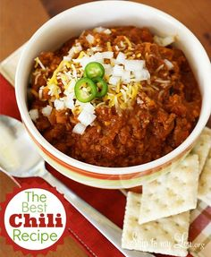 My family loved this. The only changes I made were substituting 1-1/2 cups of water for the beer, using tomatoes with chili seasoning and leaving out the red pepper. It was delicious.   www.skiptomylou.org #chilirecipe #recipes
