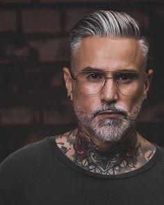 Mens Grey Hairstyles, Popular Mens Hairstyles, Cool Hairstyles For Men, Hairstyles Haircuts, Older Men Haircuts, Haircuts For Balding Men, Hair And Beard Styles, Long Hair Styles, Guys Grooming