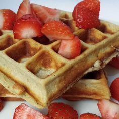 53 trendy Ideas for cupcakes banana healthy breakfast Baby Food Recipes, Low Carb Recipes, Sweet Recipes, Baking Recipes, Dessert Recipes, Desserts, Runners Food, Banana Snacks, Healthy Recepies