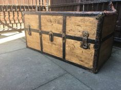 This is for a Vintage Wood Trunk which is 53 x 54 x 111 cm Great as a coffee table, hobby/craft che