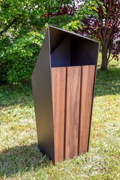 Public trash can / metal / wooden / contemporary SKEW : 612 by Fábio Sousa SIT URBAN DESIGN