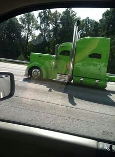 I want so bad! Big Rig Trucks, Rv Truck, Train Truck, Dually Trucks, Show Trucks, Peterbilt Trucks, Diesel Trucks, Old Trucks, Custom Big Rigs