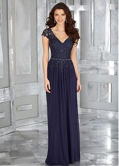Elegant Tulle & Chiffon V-neck A-line Mother Of Bride Dresses With Beaded Lace Appliques