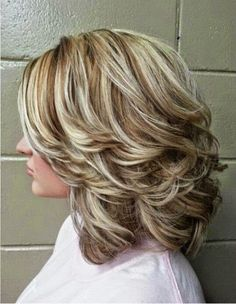20 Medium curly hairstyles for every occasion. Try best medium curly hairstyles. Top medium hairstyles for curly hair. Curly hairstyles for medium length. Hair Styles 2016, Medium Hair Styles, Curly Hair Styles, Medium Curly, Hair Medium, Curly Short, Soft Curls For Medium Hair, Curly Bob, Medium Long