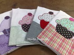 applique cupcakes onto dishtowels!