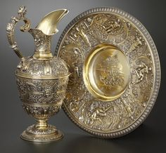 A VICTORIAN SILVER GILT EWER AND UNDER PLATE. Richard William Elliott, London, England, 1843-1844.